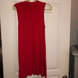 Dresses & Skirts - T-shirt dress, tags attached, never been worn!